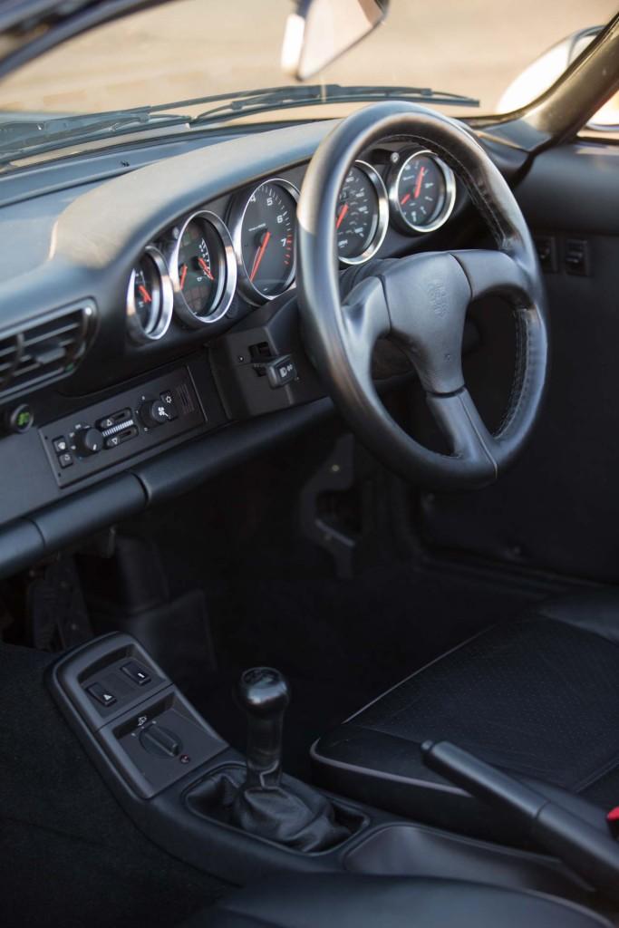 porsche speedster 964 interior
